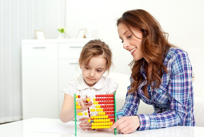 develop early maths skills